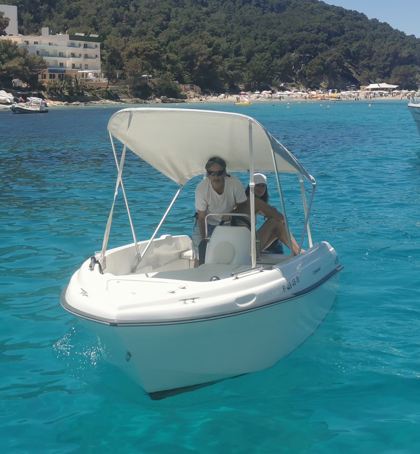 Boat COMPASS 400 GT - Ibiza Best Charter