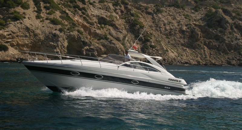 Boat PERSHING 37 CABIN - Ibiza Best Charter